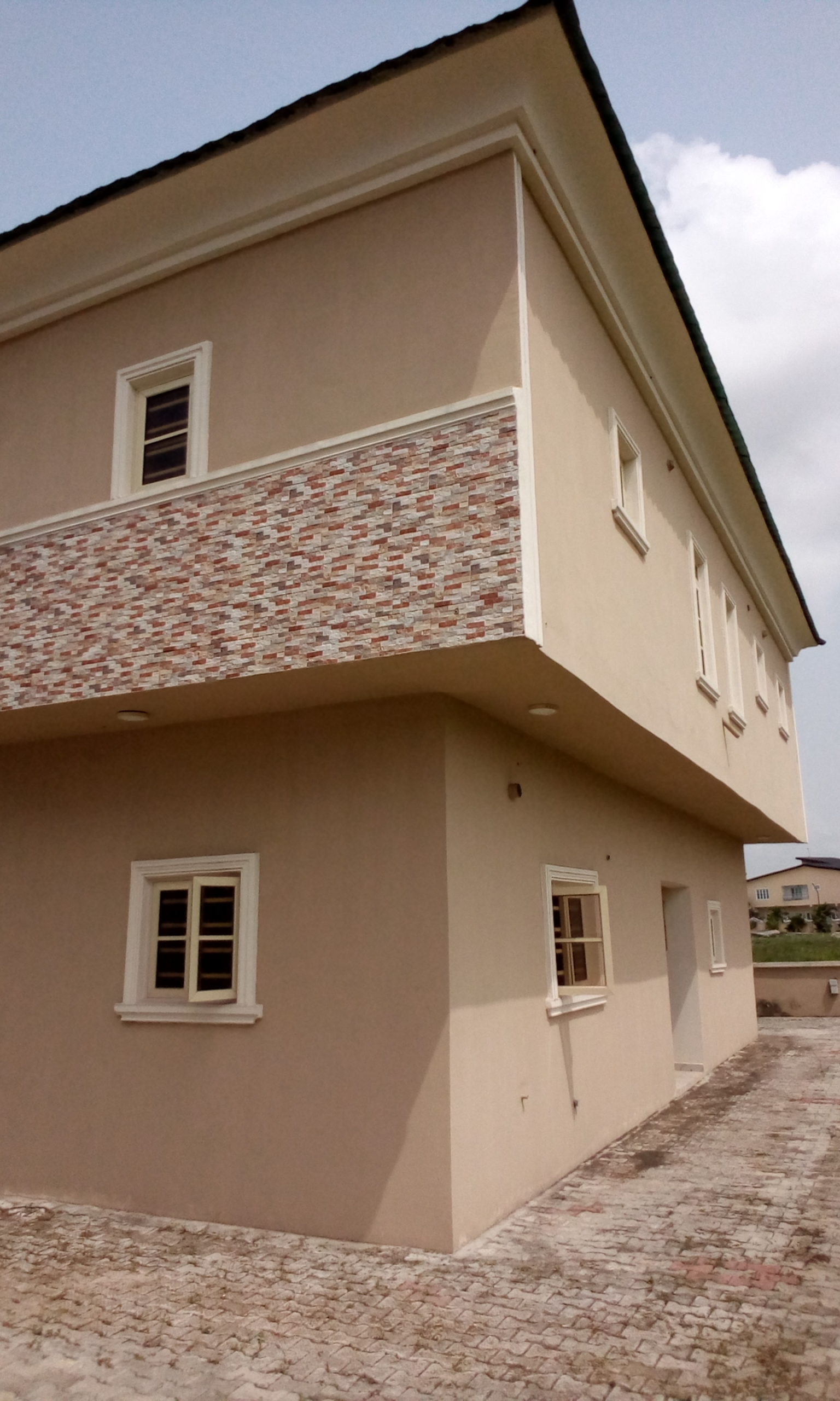4bedroom Detach House in Lekki Gardens