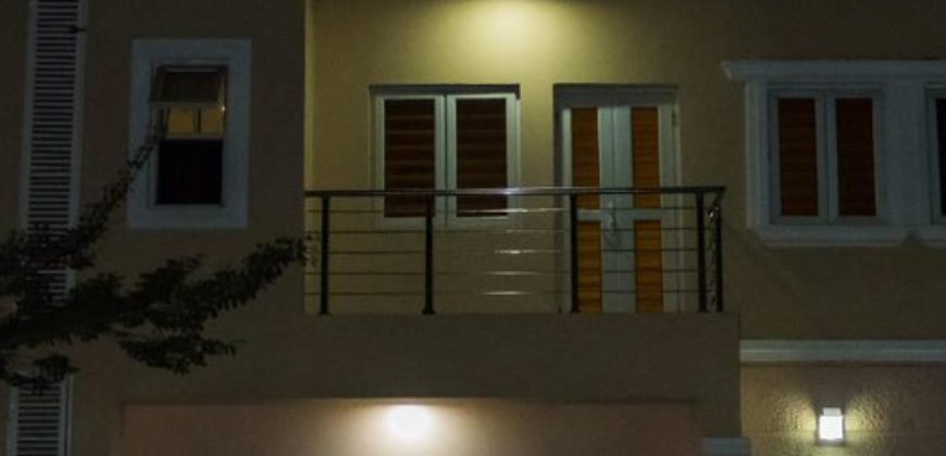 Beautiful Furnished 4 bedroom Terrace House in life camp