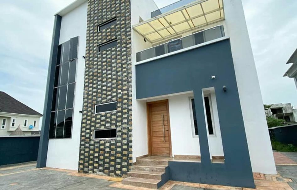 Brand New 5bedroom Detach house for sale in Pinnock beach estate