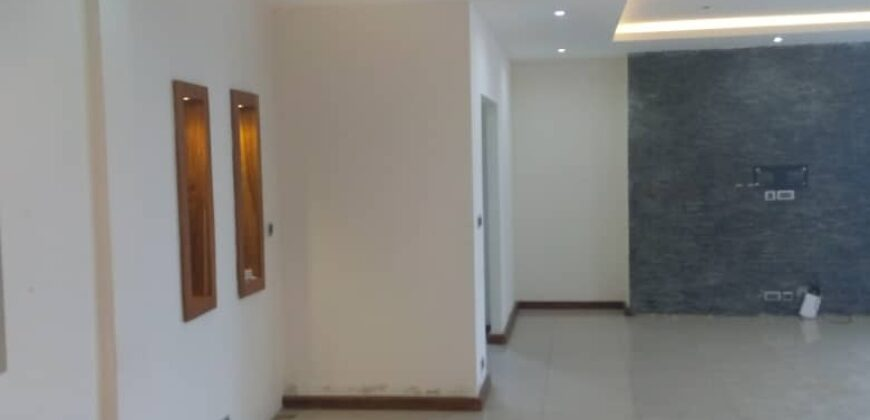 3 bedroom apartment and Bq in Ikoyi