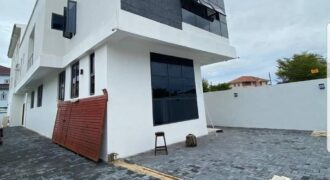Banana Island Luxury 4bedroom Duplex