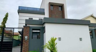 Exquisite 5 bedroom detach family home